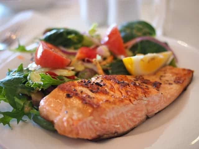 Recipe (vitamin D and zinc): Honey Sesame Salmon
