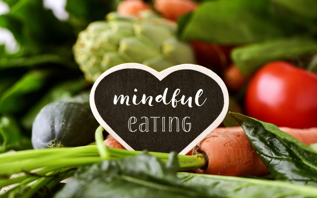 7 Simple Ways To Eat More Mindfully